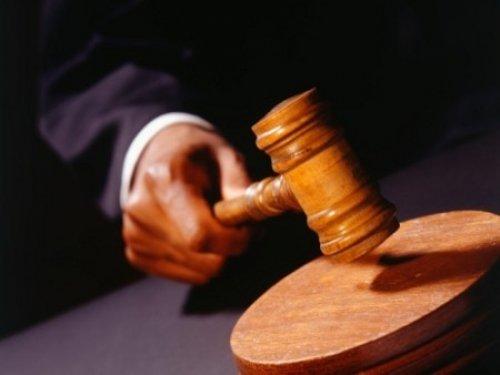 Homem de 50 anos foi preso por não pagar 400 euros. Peditório em café para livrar da cadeia