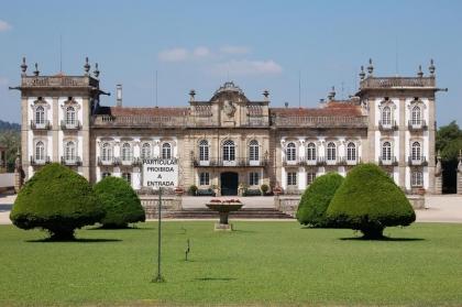 Palácio da Brejoeira apresenta passeios em charrete pelos cenários ambientais da quinta
