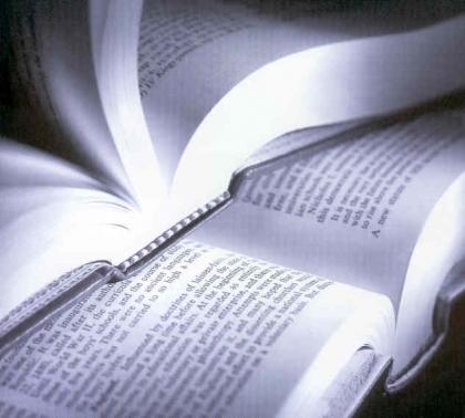 Escritor Daniel Marques Ferreira promove livro e a leitura em escolas monçanenses