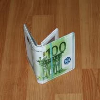 Milhares de euros guardados nas botas