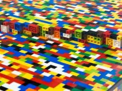 Legos regressam à vila com novidades e aficcionados de sete países