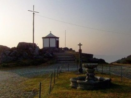 Romaria e Peregrinação do Faro com centenas de peregrinos