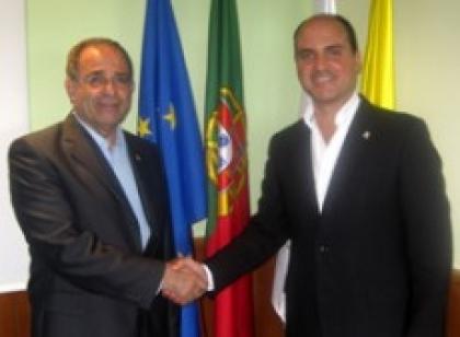 Sá: Autarca quer reunir com deputados do PSD e CDS-PP para discutir OE2013