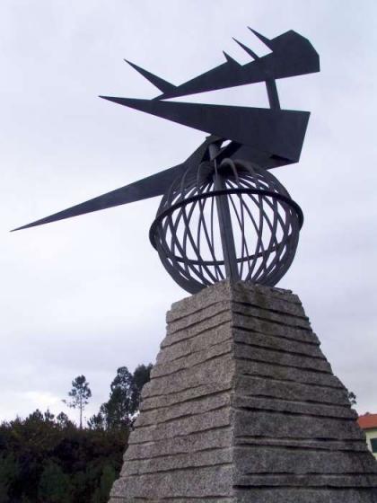Executivo leva crianças de Friestas a recordar o aviador Lindbergh