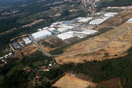 Construção de Multiusos que ficou a meio em 2011 é retomada este mês