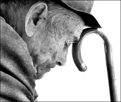 Idosos: Censo quer ajudar técnicos e comunidade a lidar com a demência