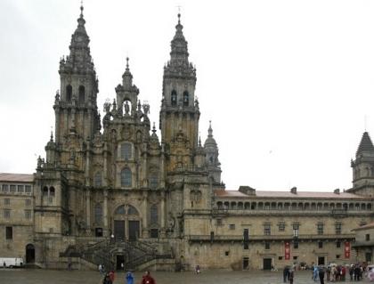 Passeio Sénior: Idosos do concelho rumam a Santiago de Compostela