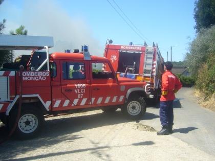 Incêndio no Posto Aquícola na freguesia de Troviscoso em Monção