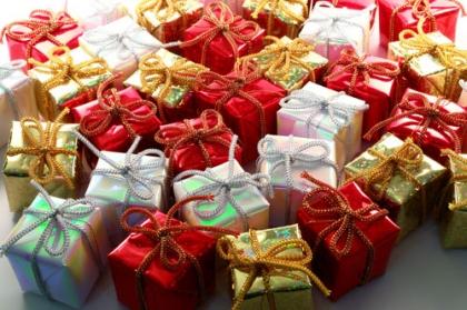 Sementes de Natal: População convidada a doar produtos para serem distribuídos pelos mais carenciados