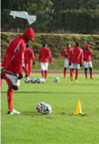 Benfica de Luanda prepara o Girabola 2014 no Centro de Estágios