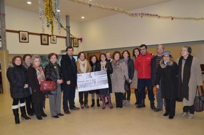 Universidade Sénior apoia 'soldados da paz' com donativo