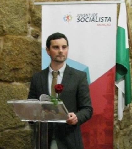 JS lamenta desinteresse dos jovens pela política