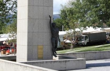 Câmara indignada com roubo da escultura em homenagem aos militares da Guerra Colonial