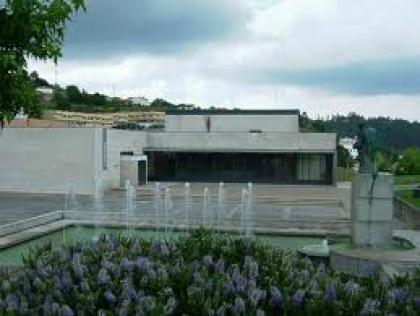 'Chão' sobe esta noite ao palco do Centro Cultural de Paredes de Coura
