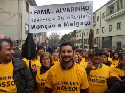 Monção: JS marcou presença no protesto contra alargamento da rotulagem do Alvarinho
