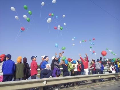 Monção/Salvaterra: Centenas de crianças largaram balões na 'rua' que nos liga