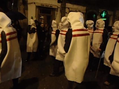 Paredes de Coura: Multidão concentrou-se no centro da vila para assistir ao desfile de Carnaval
