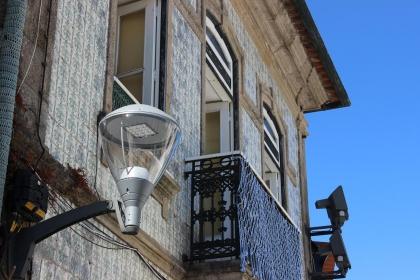 Cerveira: Autarquia substitui e reforça iluminação pública no centro histórico