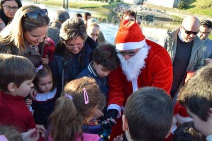 Monção/Salvaterra: Pai Natal voltou a adoçar a infância de dezenas de crianças