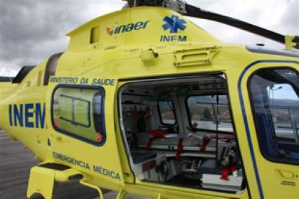 Melgaço/Castro Laboreiro: Acidente com trator provoca ferido grave - Helicóptero do INEM no local