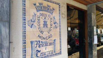 Monção: Restaurante Deu-la-Deu pronto para servir lampreia de elevada qualidade