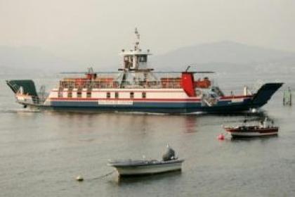 Ferryboat que liga à Galiza suspende serviço hoje à tarde mas está mais próximo do regresso