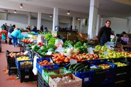 Aberto concurso de arrendamento de loja no mercado municipal