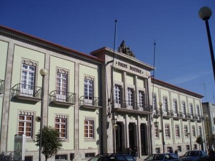 Tribunal decide se julga suspeitos de agressões mortais a jovem