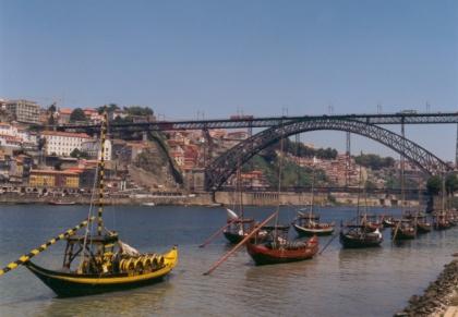 Porto no top de viagens para 2013.TPNP enaltece trabalho de um conjunto de entidades