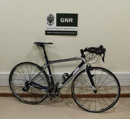 Viana: GNR detém dois suspeitos de roubo de bicicleta avaliada em 5 mil euros
