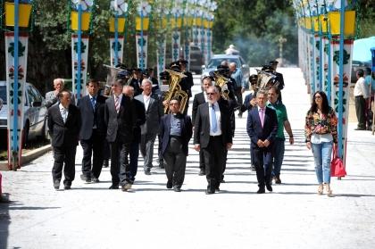 Viana: Executivo Municipal marcou presença na inauguração da nova avenida de Santa Bárbara