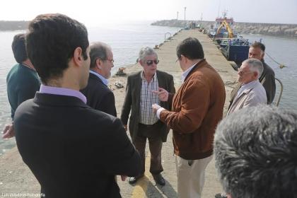 Âncora: Câmara assegura que pescadores vão participar na dragagem do Portinho