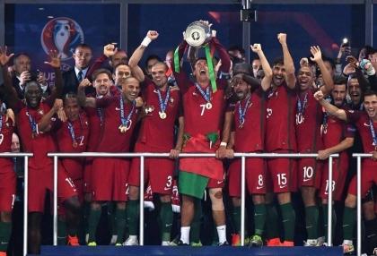 Euro 2016: Lágrimas do Alto Minho 'benzeram' noite histórica da seleção