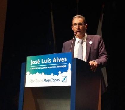 Monção: «En Garde!» - CDS desafia adversários políticos para debate a três